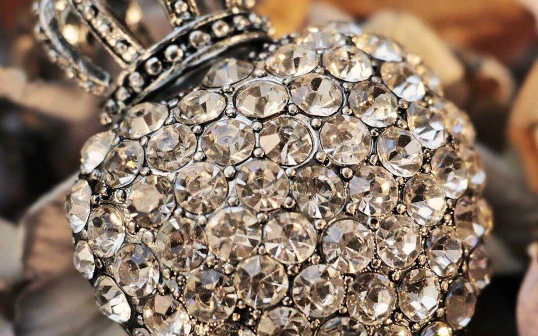 MDA mit Diamanten